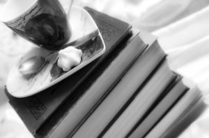 books-1003025_1280